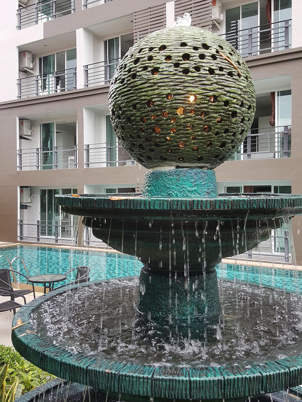 http://retreat-resort.com/images/retreat-resort/our-resort/OurFountain.jpg