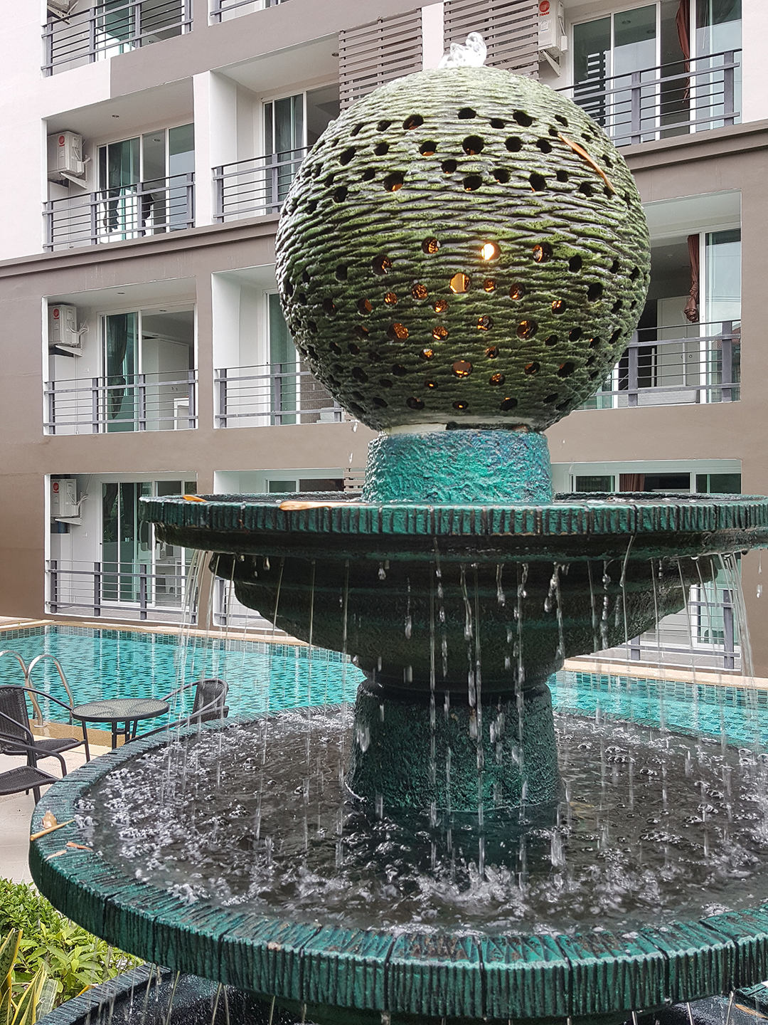 https://retreat-resort.com/images/retreat-resort/our-resort/OurFountain.jpg